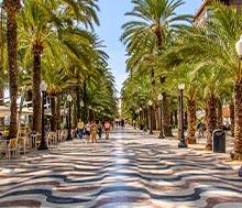 Alicante, Lento+hotelli