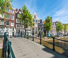 Amsterdam, Lento+hotelli