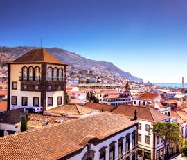 Funchalin kaupunkik�vely
