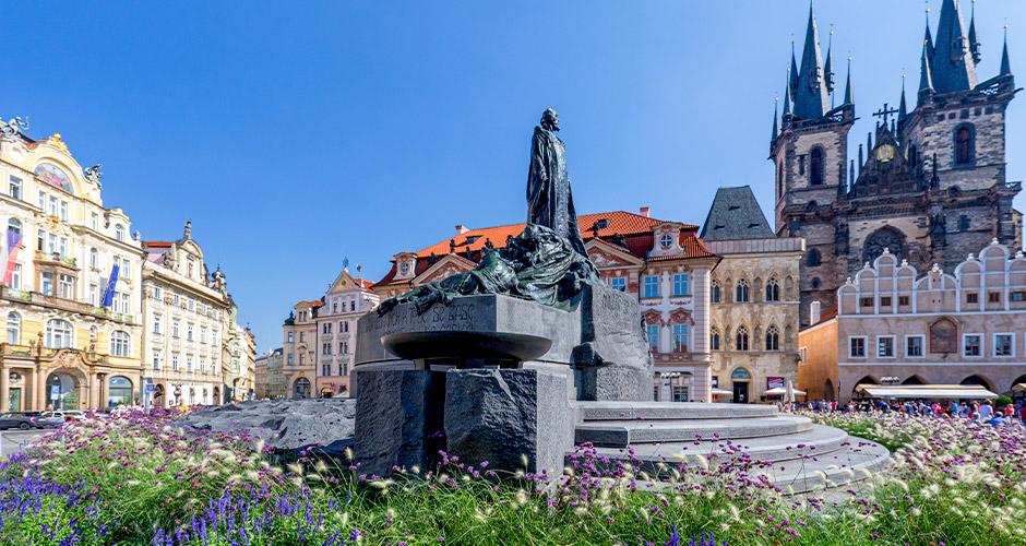Praha, Lento+hotelli 4