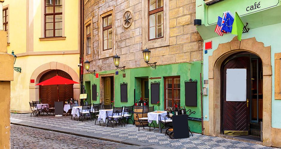 Praha, Lento+hotelli 26