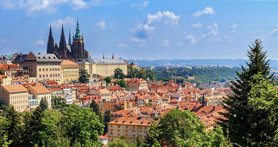 Praha, Lento+hotelli 3