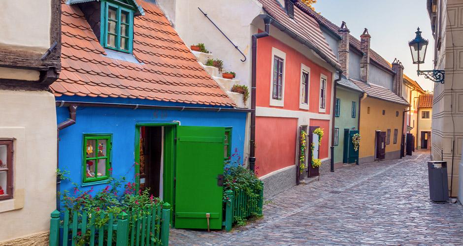 Praha, Lento+hotelli 21