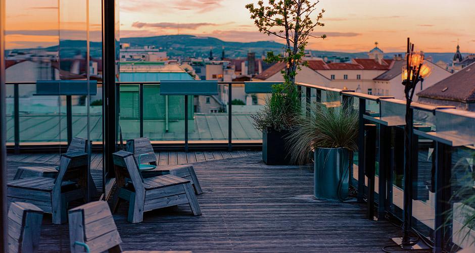 Wien, Lento+hotelli 27