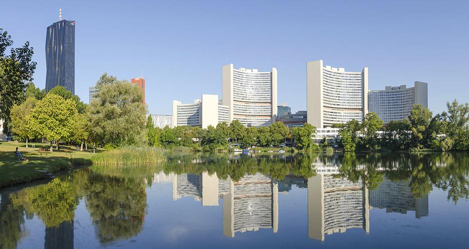 Wien, Lento+hotelli 9