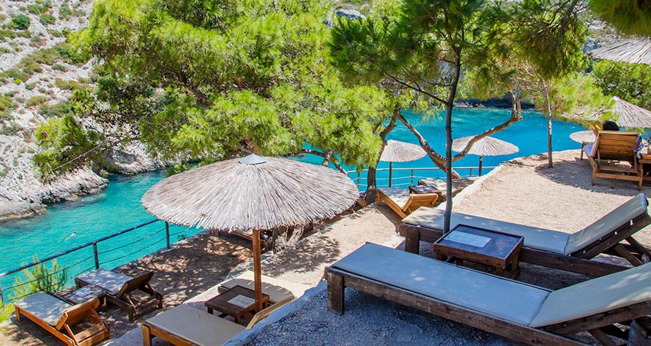 Zakinthos 11 - Zakinthoksen vedet tarjoavat paljon nähtävää sukeltajalle.